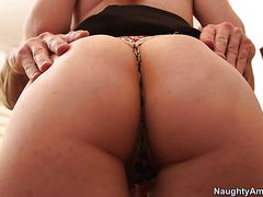 Claire Robbins, Johnny Sins - Naughty Office