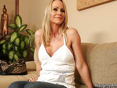 Simone Sonay, Johnny Castle - Seduced by a cougar