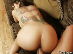 Yurizan Beltran, Kris Slater - Housewife 1 on 1